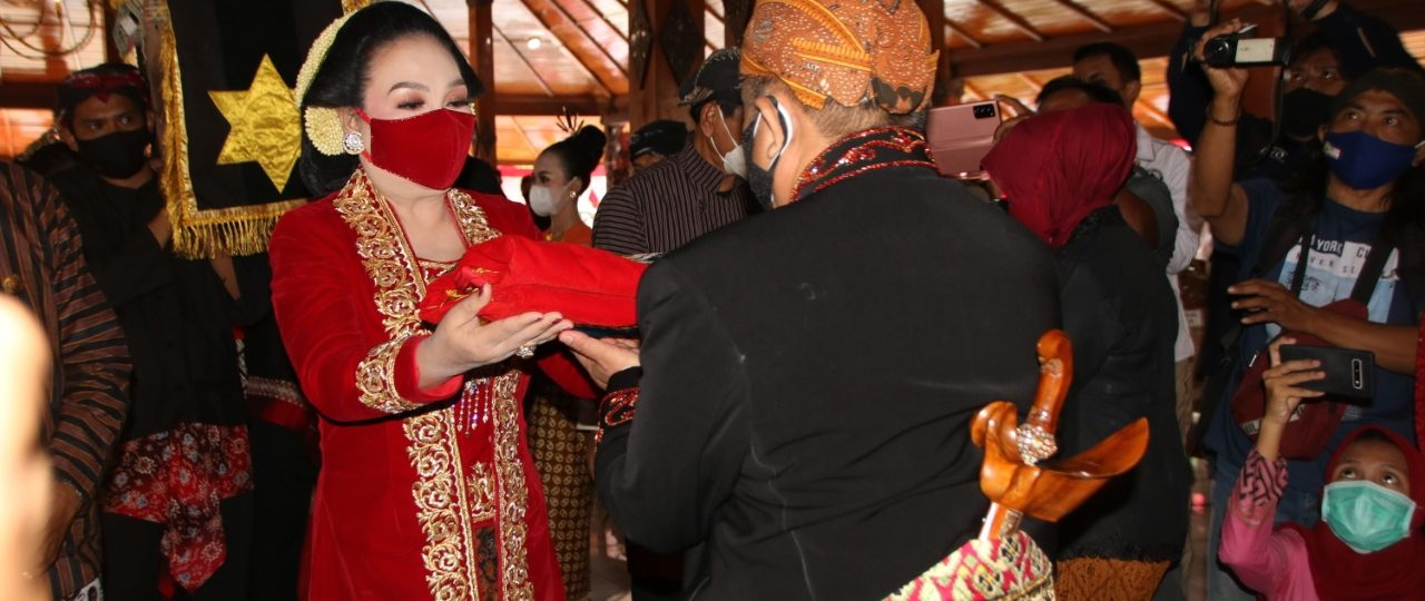 Tradisi Boyong Grobog Digelar Sederhana di Tengah Pandemi